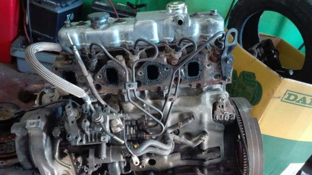 Motor Isuzu nkr