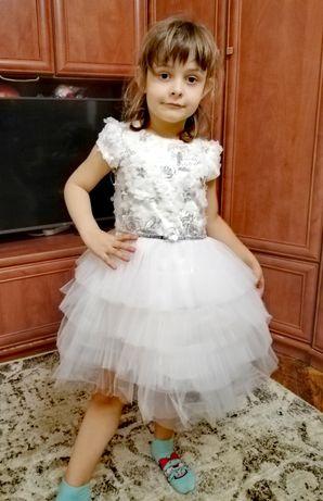Платье нарядное 128см на выпускной, свадьбу, утренник