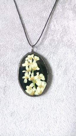 Naszyjnik biżuteria Wisiorek rękodzieło Jaśminowiec
