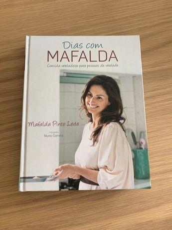 """Livro Culinaria """"Dias com Mafalda"""""""
