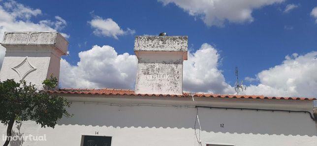 Moradia em rés do chão – S. Vicente e Ventosa – Elvas - Alentejo- Port