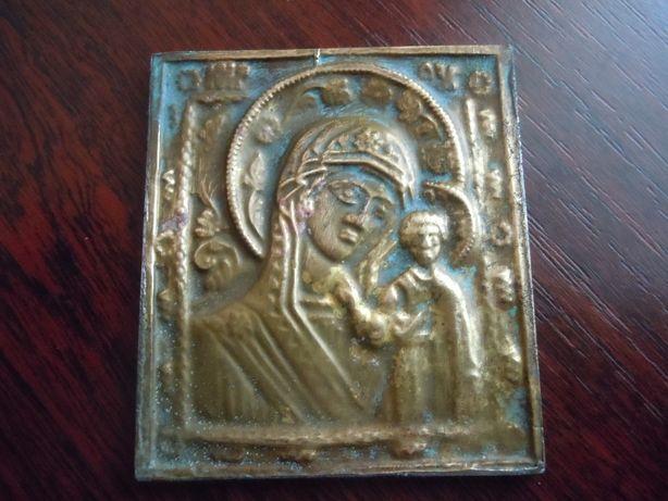 Старинные иконы из металла