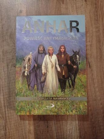 """Książka ,,Anhar: powieść antymagiczna"""""""