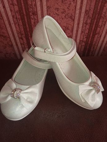 Туфли детскии 30 размер