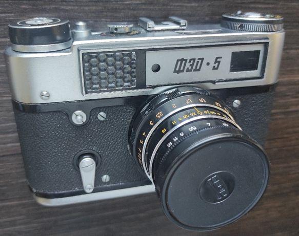 Aparat fotograficzny FED-5 + futerał
