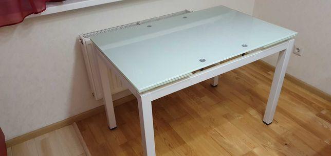Стол на кухню раскладной. б/у. Как новый.