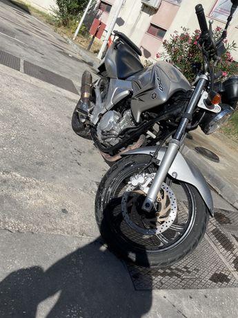 Yamaha YBR 250 cc