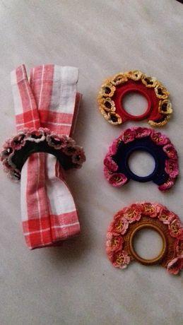 4 Argolas porta-guardanapos em crochet
