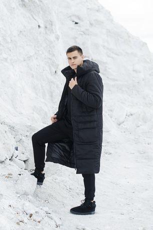 Мужская черная удлиненная куртка пальто