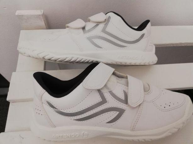 Buty dziecięce nowe rozmiar 35