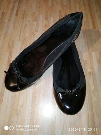 Туфли лаковые. Размер 36