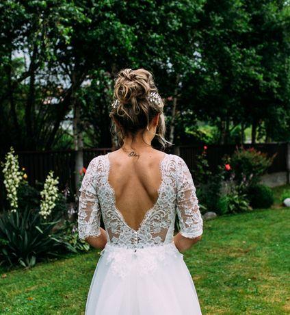 Suknia ślubna z francuską koronką