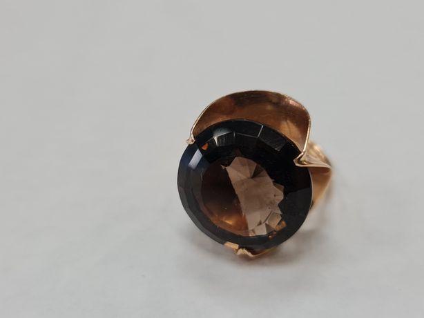 Wyjątkowy! Piękny złoty pierścionek/ Retro/ 7.97g/ 585/ R13/ Kwarc