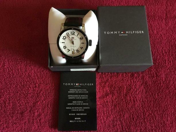 Часы Tommy Hilfiger, оригинал как новые