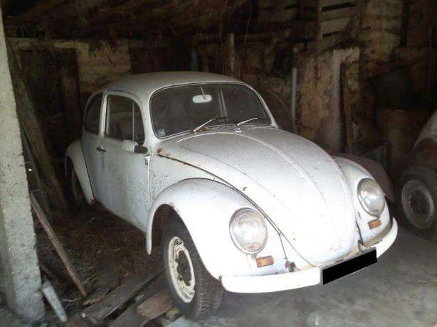 VW Carocha 1300 para restauro