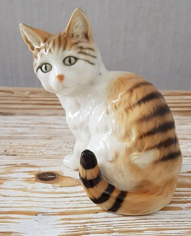 HUTSCHENREUTHER Germany kot figurka porcelanowa