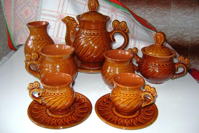 Сервиз керамический коричневый