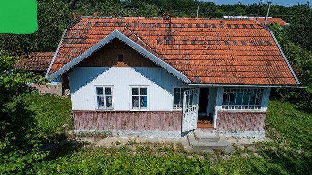 Добротне домогосподарство в селі Великий Ключів