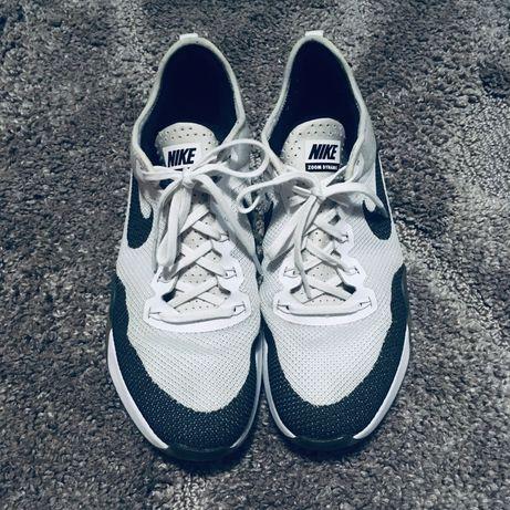 Кросовки унисекс Nike AIR ZOOM DYNAMIC TR 849803-100.  41 р.