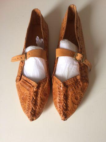 Kierpce buty goralskie skora