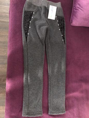 Spodnie legginsy getry 128/134 nowe modne z perełkami