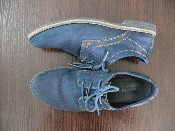 Eleganckie, komunijne buty dla chłopca r. 35 marki Lasocki Young