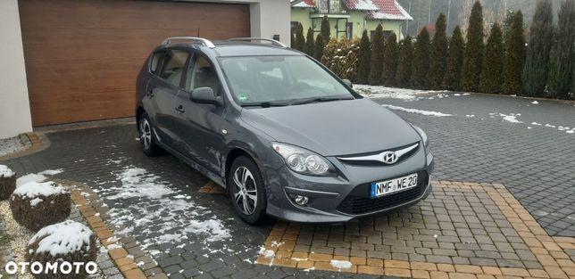 Hyundai I30 1,4 Benzyna LIFT 2011R 109KM Klima Niski Przebieg Zarejestrowany