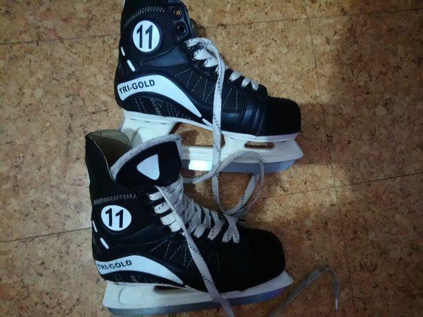 Używane łyżwy hokejowe