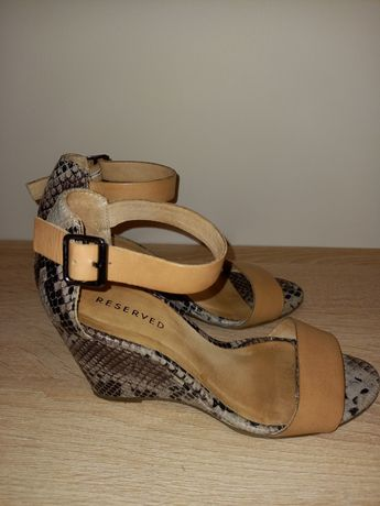 Sandały Reserved 36 skóra naturalna,koturn