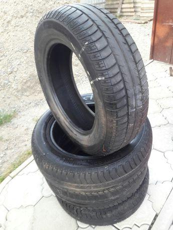 Продам шини у нормальному стані