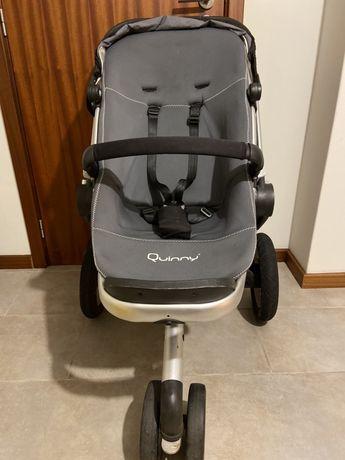 Vendo carrinho de criança Quinny.
