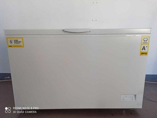 СРОЧНО! Продам морозильный ларь (камеру) Zanussi 375-500л