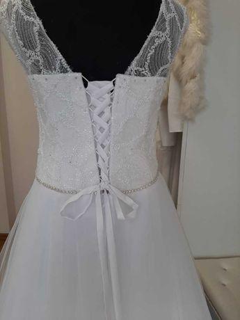 Suknia ślubna a'la Princessa