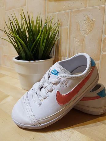 Buty sportowe NIKE dla dziewczynki rozmiar 26,5 trampki tenisówki