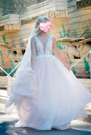 Свадебное платье, в идеальном состоянии