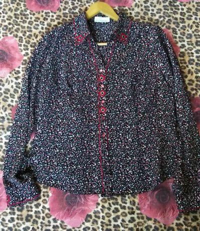 Нарядная блузка с рукавом  размер 50-52