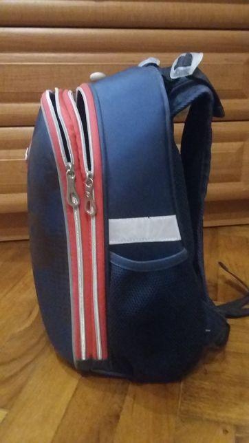 Рюкзак с ортопедической спинкой