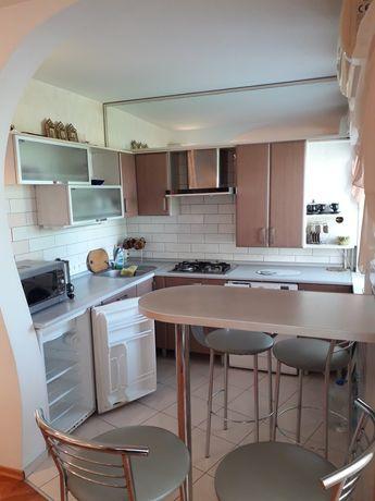 Двухкомнатная квартира в центре Бердянска евролюкс, проспект Труда, 37