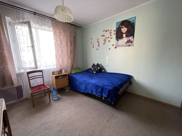 Продаж 4 кімнатної квартири на Сихові