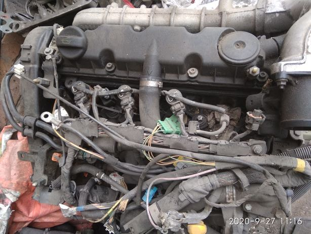 Мотор ТНВД Форсунки Ситроен C5  2.0