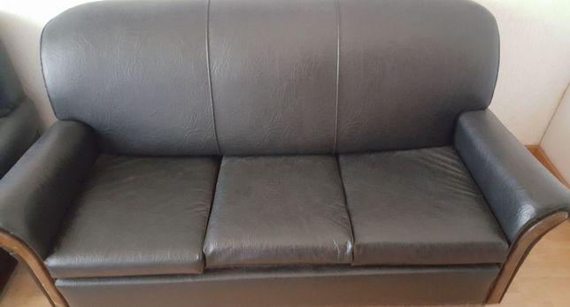1 sofá cama e 2 sofás de 1 lugar como novos