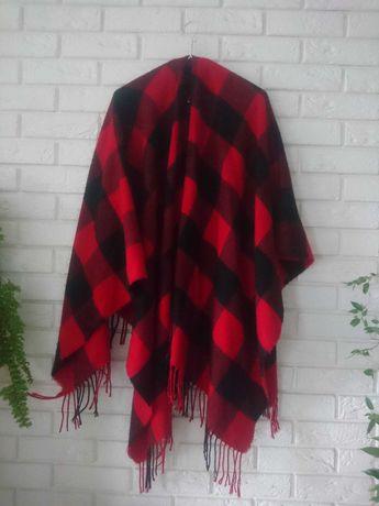 ponczo narzutka duży szal czerwono-czarna krata H&M