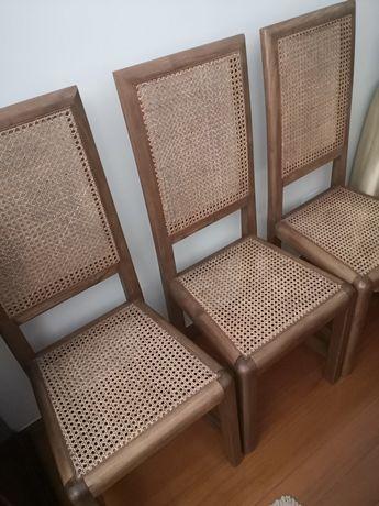 Mesa Sala Jantar Ovalizada Madeira Maciça + 6 Cadeiras como novas