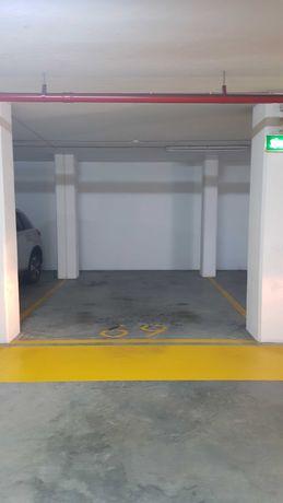 Lugar de garagem - centro de gaia