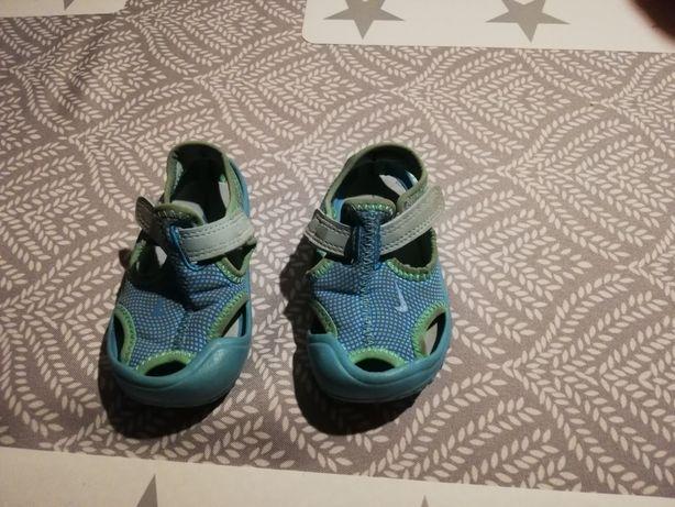 Sandałki Nike rozmiar 21