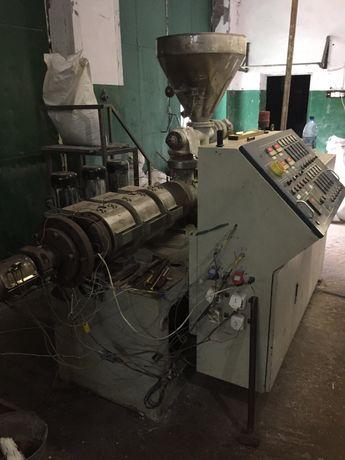 Экструдер ПВХ (для полимеров). Линия для производства ПВХ профилей.