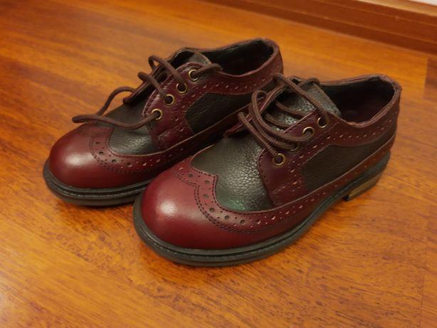 Nowe eleganckie buty skórzane 28