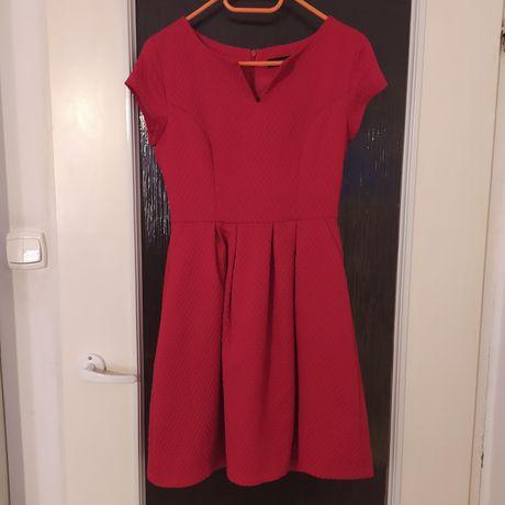 Czerwona sukienka Reserved rozm 36