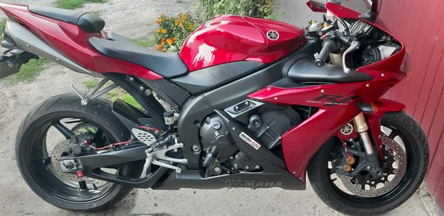 Yamaha R1 Rn12 2006r