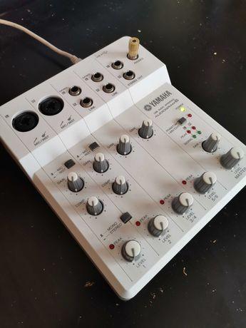 Mesa de Mistura/Interface Yamaha Audiogram 6